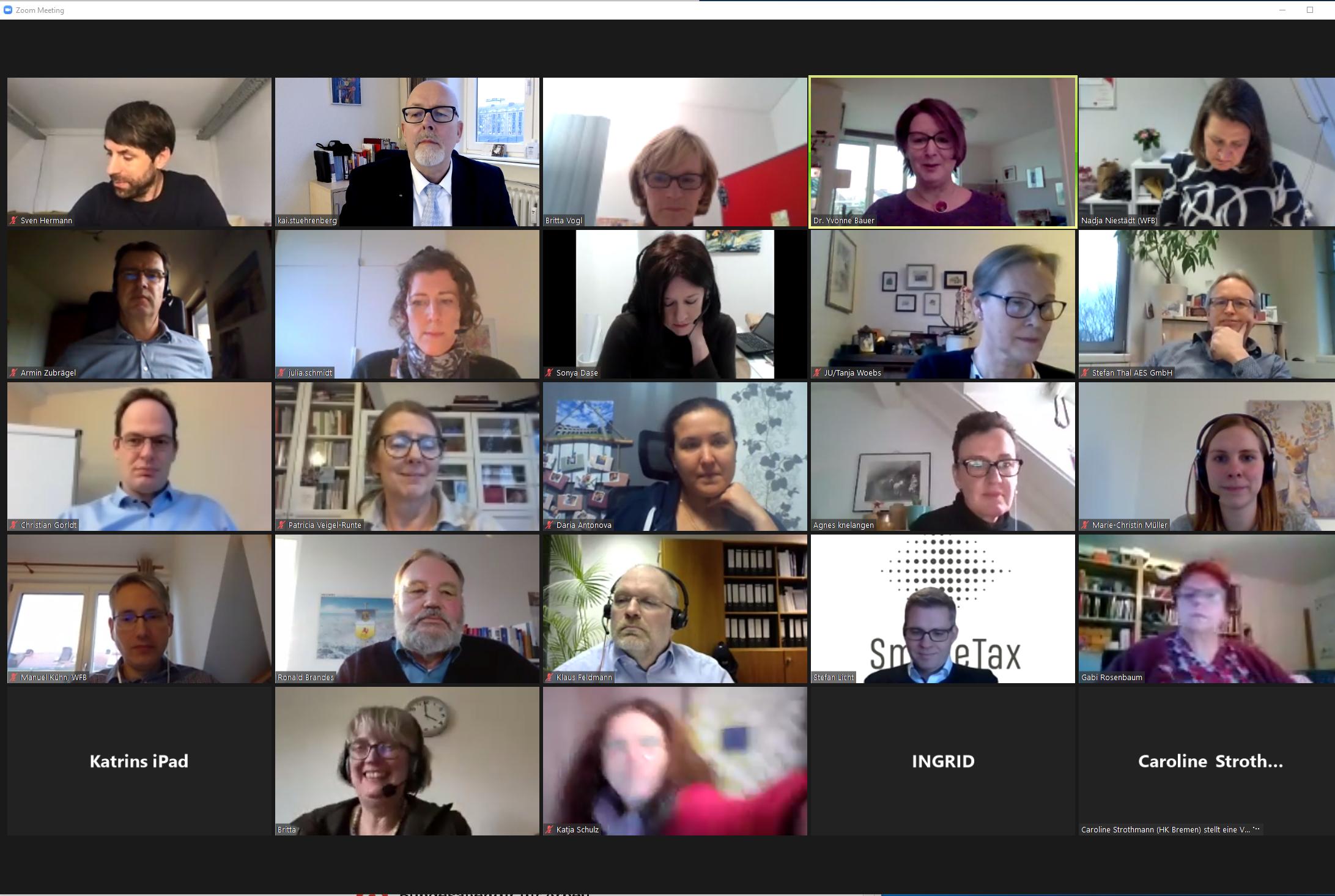 Ein Screenshot einer Videokonferenz mit 25 Teilnehmenden